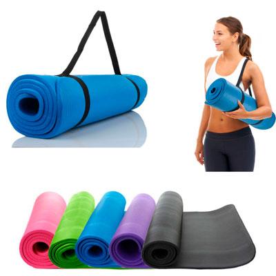Какой коврик для йоги выбрать для занятий в зале