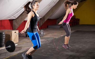 упражнения на скакалке для похудения для женщин