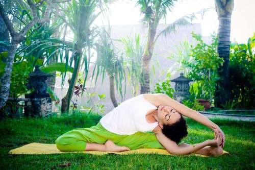 йога для организма девушкам