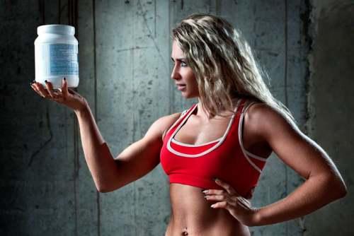 в какое время лучше пить протеин