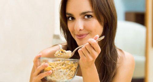 завтрак польза и вред для организма женщины