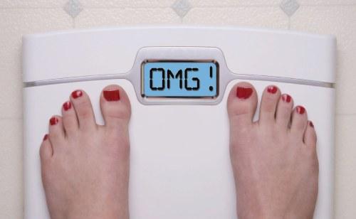 как взвешиваться на напольных весах