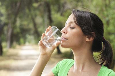 Чистка организма водой для похудения