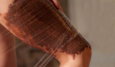 Как избавиться от целлюлита на ногах и попе с помощью обертываний