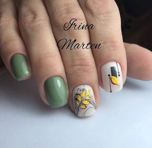 маникюр на короткие ногти с рисунком на тему осень 4