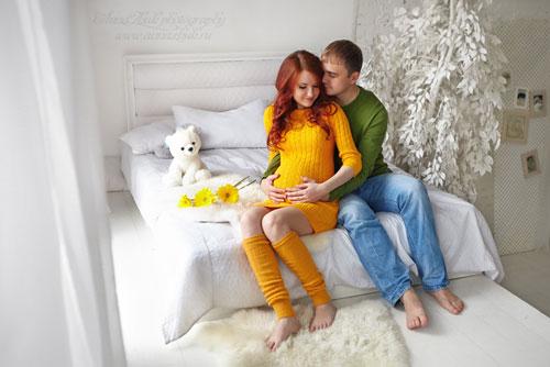 Фотосессия беременных осенью в студии 2