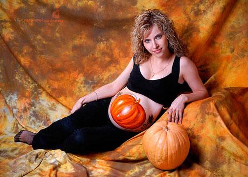 Фотосессия беременных осенью в студии 4