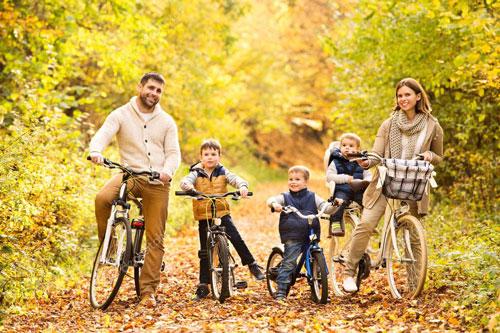 Идеи для семейной фотосессии осенью