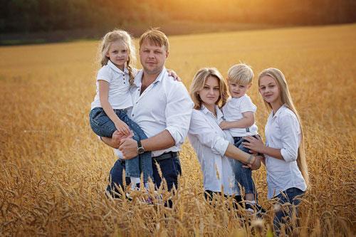 идеи для семейной фотосессии осенью на природе с детьми на природе