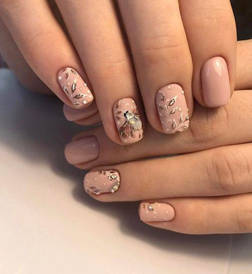 цвет маникюра на короткие ногти осень 2
