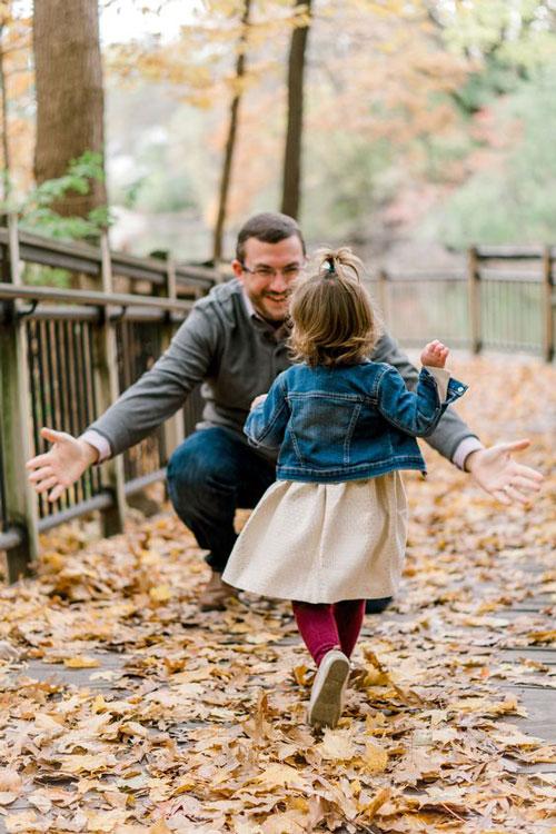 идеи для семейной фотосессии осенью на природе с детьми 6