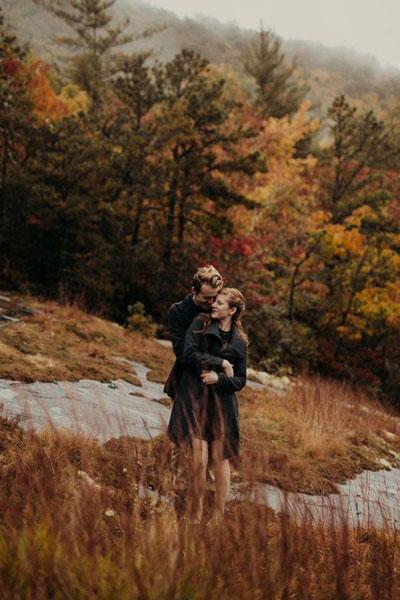 идеи для семейной фотосессии на природе осенью в лесу 3