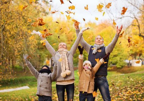 идеи оформления семейной фотосессии на природе осенью 10