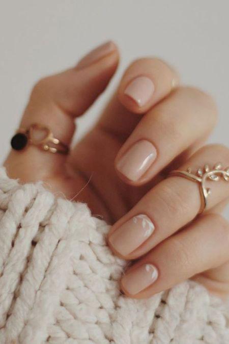 маникюр на короткие ногти нежные фото осень 3