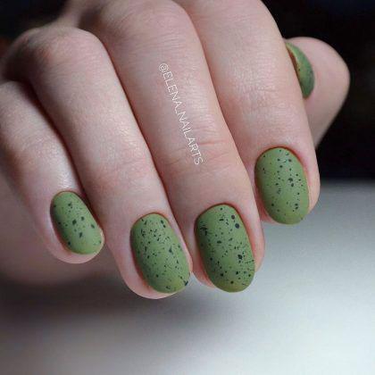 маникюр на очень короткие ногти осень 3