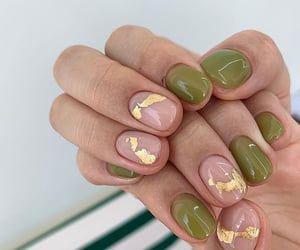 маникюр дизайн осень на короткие ногти квадратные 5