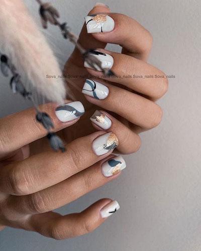 маникюр 2021 осень короткие ногти нежный дизайн 10